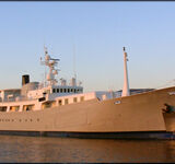 hys yachts galapagos